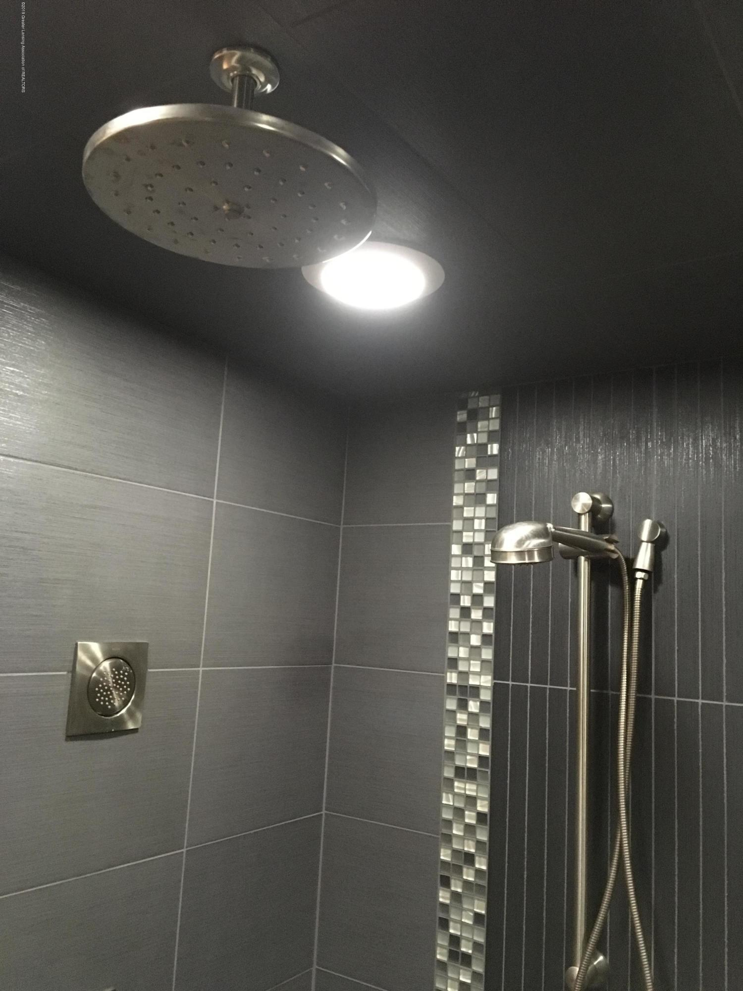 3537 Winborn Dr - Steam Shower - 37