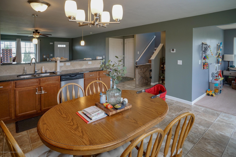 8786 Meadowrue Rd - Kitchen - 11
