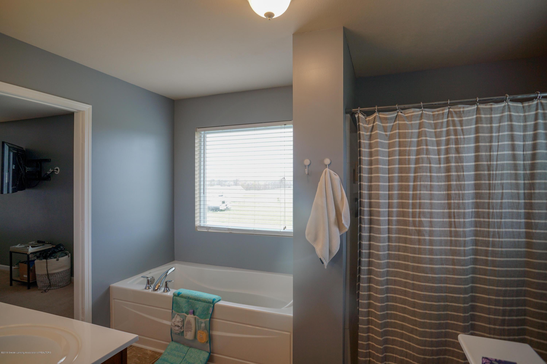 8786 Meadowrue Rd - Master Bath - 21