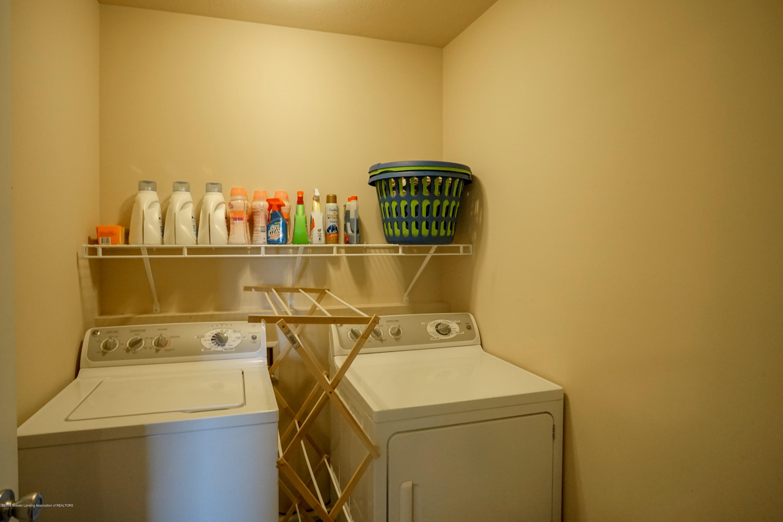 8786 Meadowrue Rd - 2nd Floor Laundry - 34