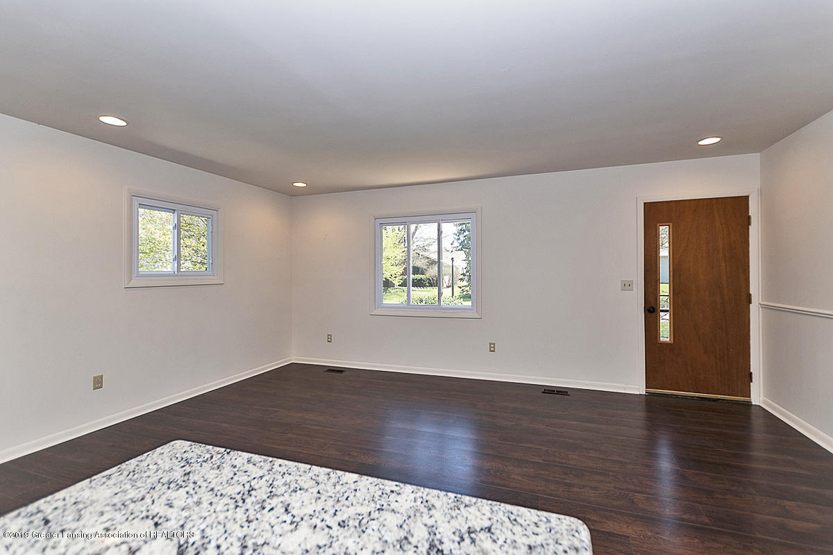 516 Kenway Dr - 02 - 2