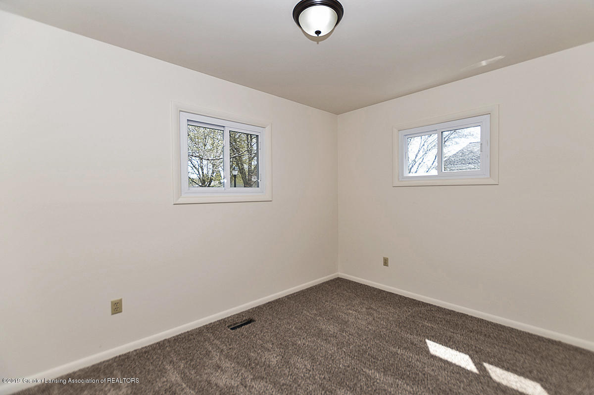 516 Kenway Dr - 12 - 12