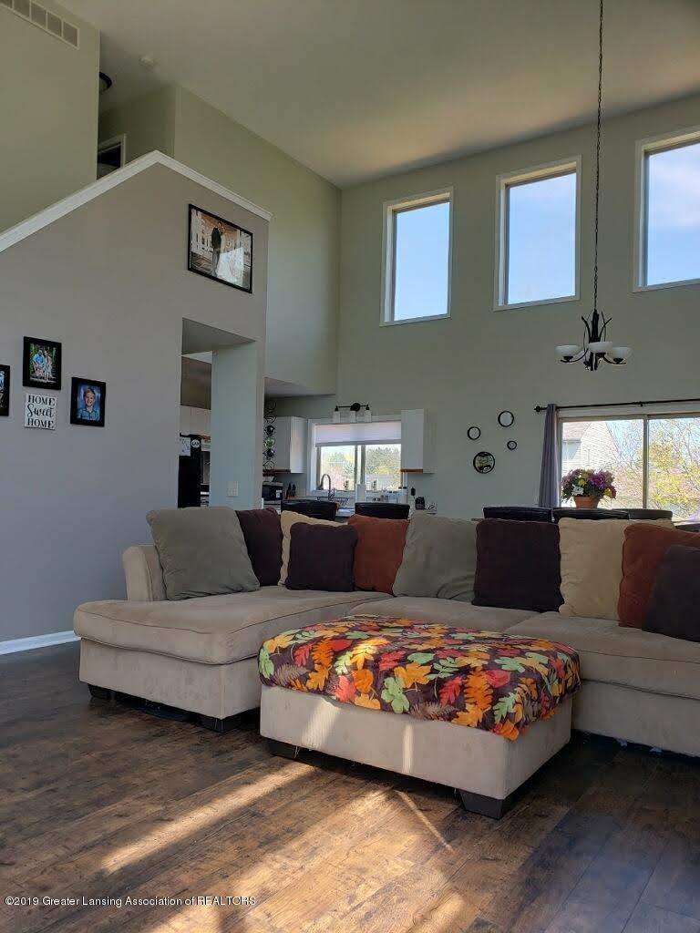 12719 Ontonagon Dr - Living Room - 4