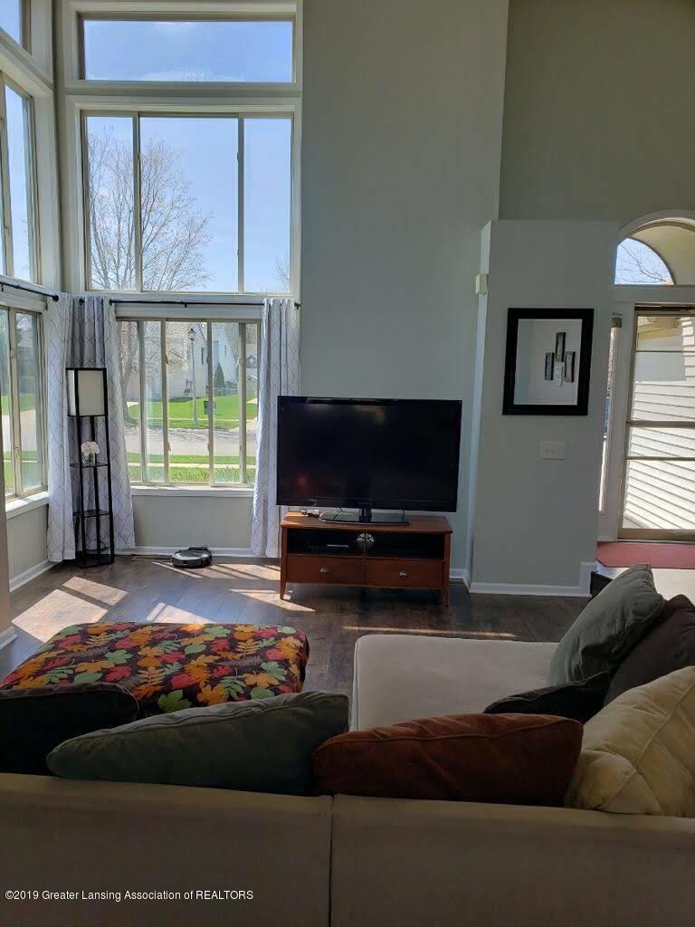 12719 Ontonagon Dr - Living Room - 6