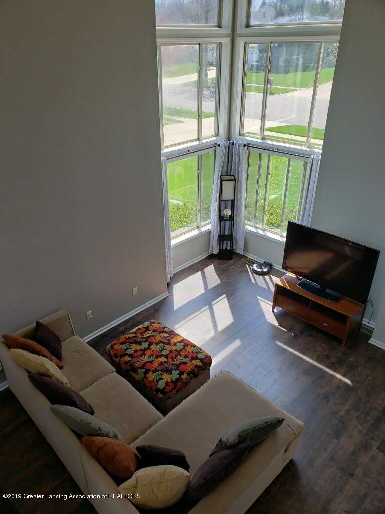 12719 Ontonagon Dr - Living Room - 7