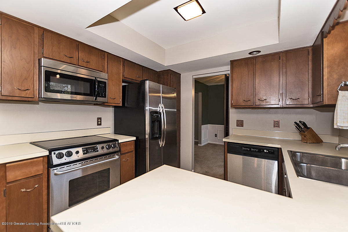 2631 Whistler Dr - Kitchen - 7