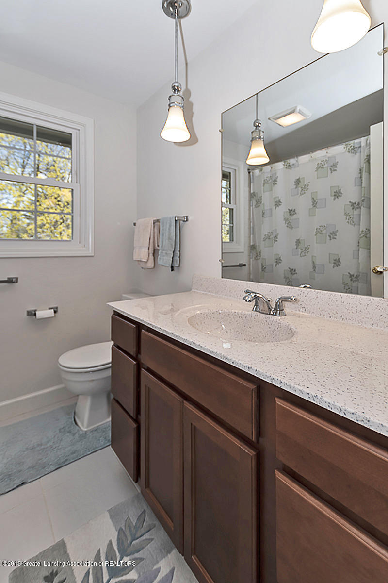 2631 Whistler Dr - 2nd Floor Main Bath - 21