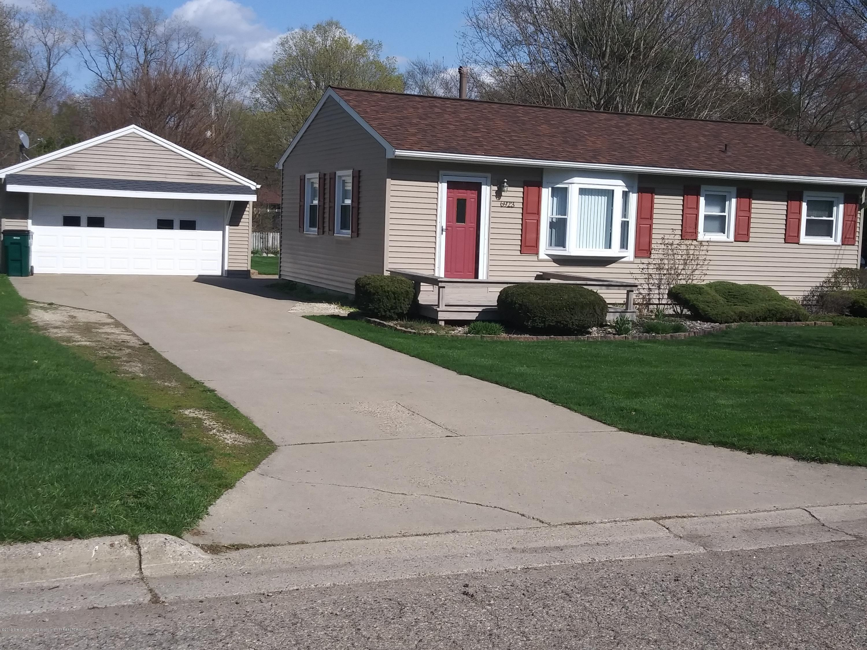 6923 Meese Dr - Front - 1