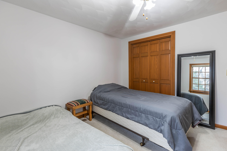 6465 W Maple Rapids Rd - Bedroom 3 - 23