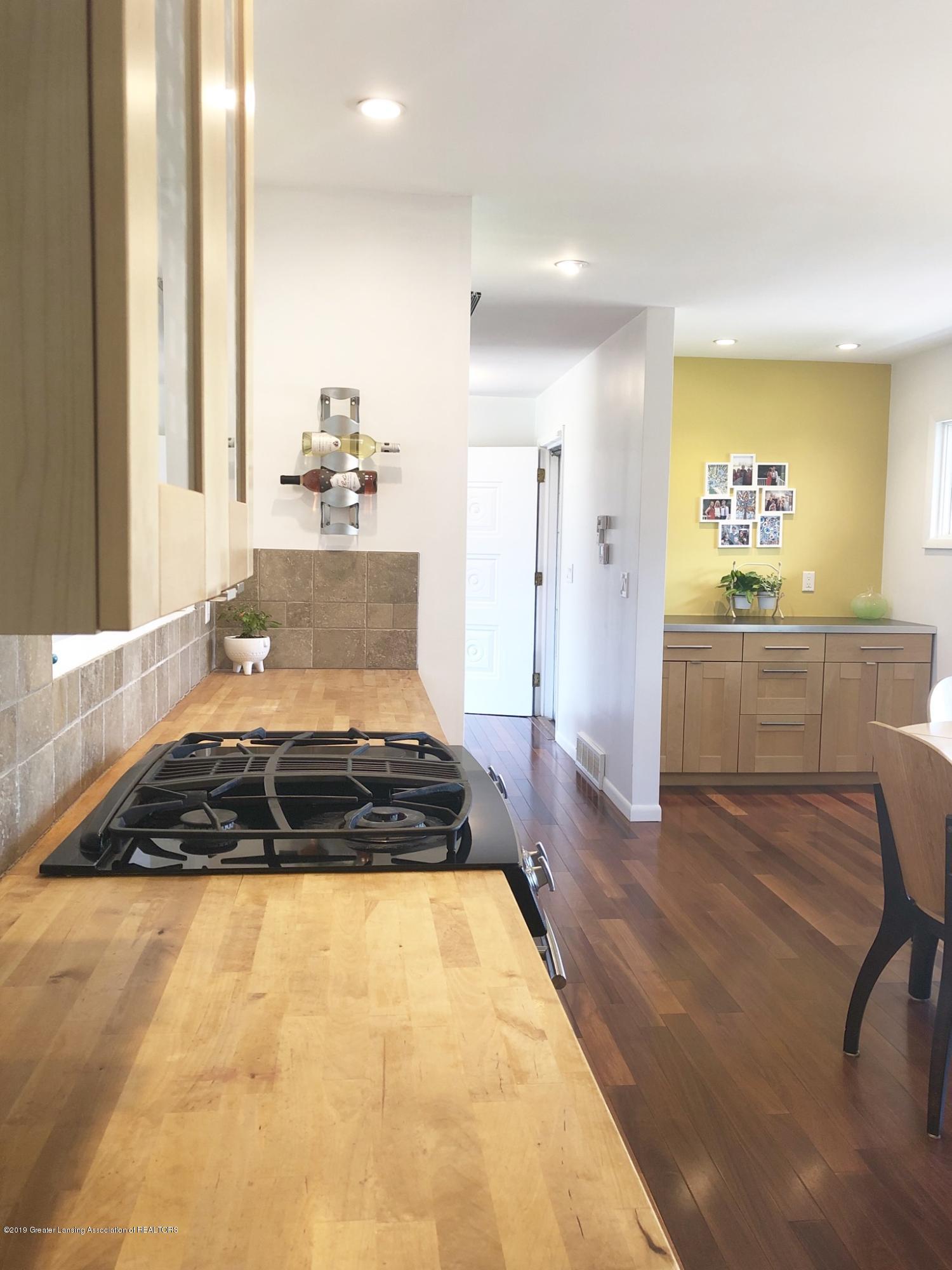4751 Woodcraft Rd - KITCHEN - 11