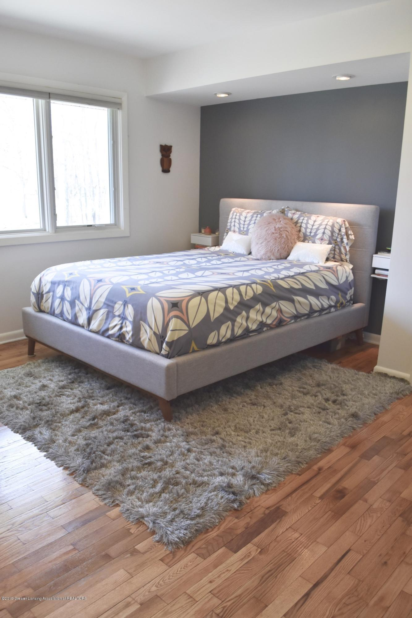 4751 Woodcraft Rd - MASTER BEDROOM - 14