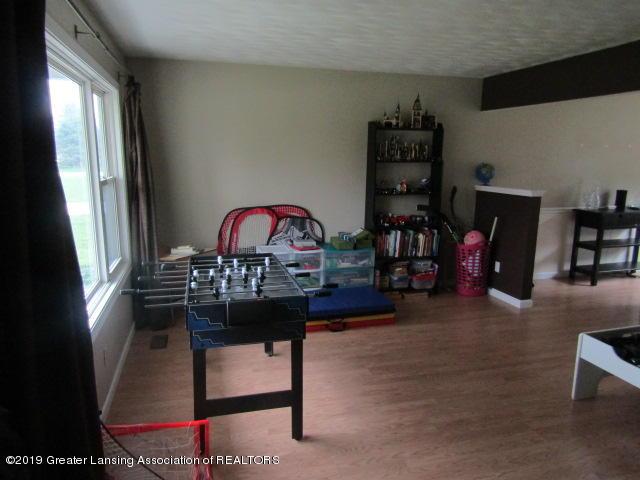 14963 Boichot Rd - Living Room - 7