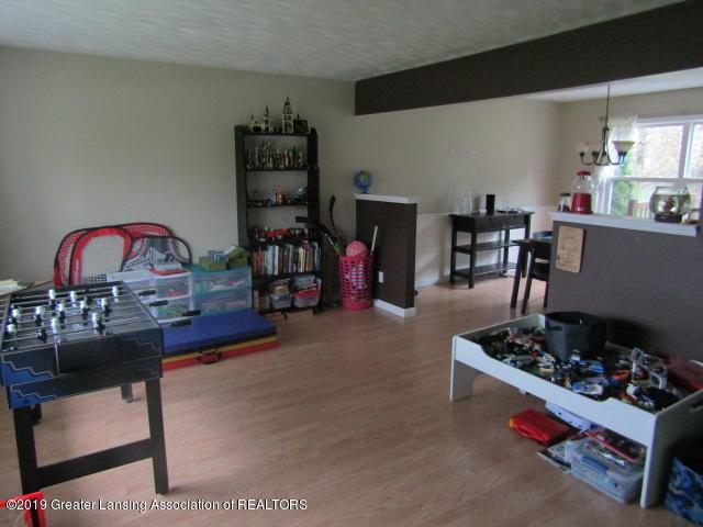 14963 Boichot Rd - Front Room - 8
