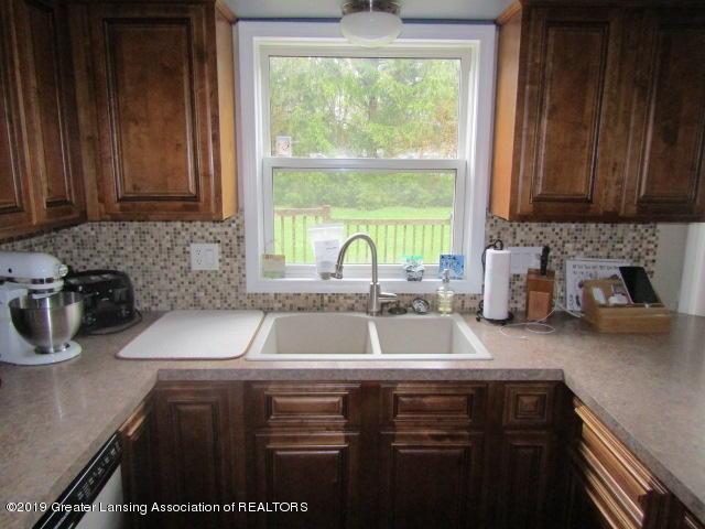 14963 Boichot Rd - Kitchen - 13