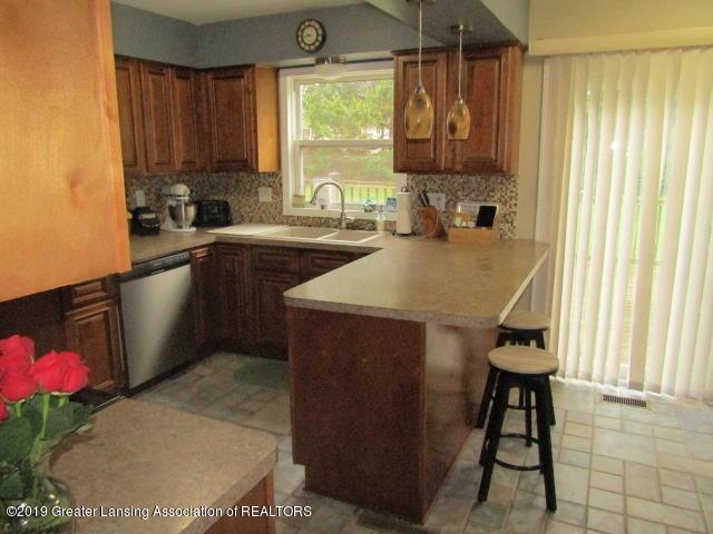14963 Boichot Rd - Kitchen - 16