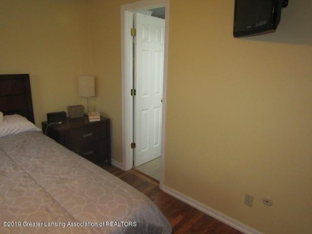 14963 Boichot Rd - Master Bedroom - 27