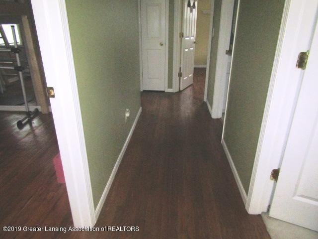 14963 Boichot Rd - Upstairs Hallway - 24