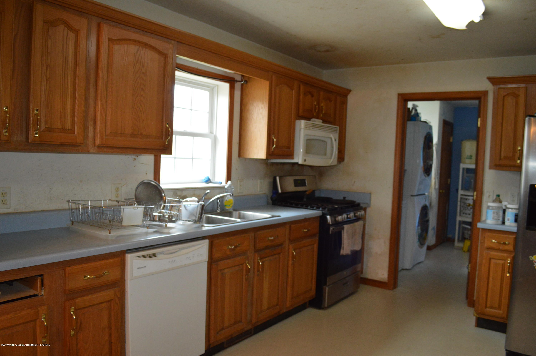11651 McCreery Rd - Kitchen - 14