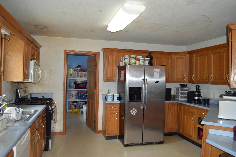 11651 McCreery Rd - Kitchen - 15