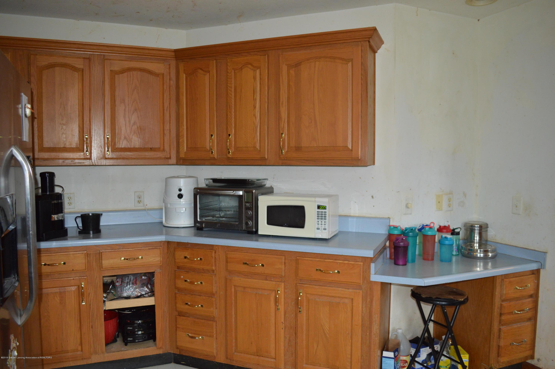 11651 McCreery Rd - Kitchen - 16