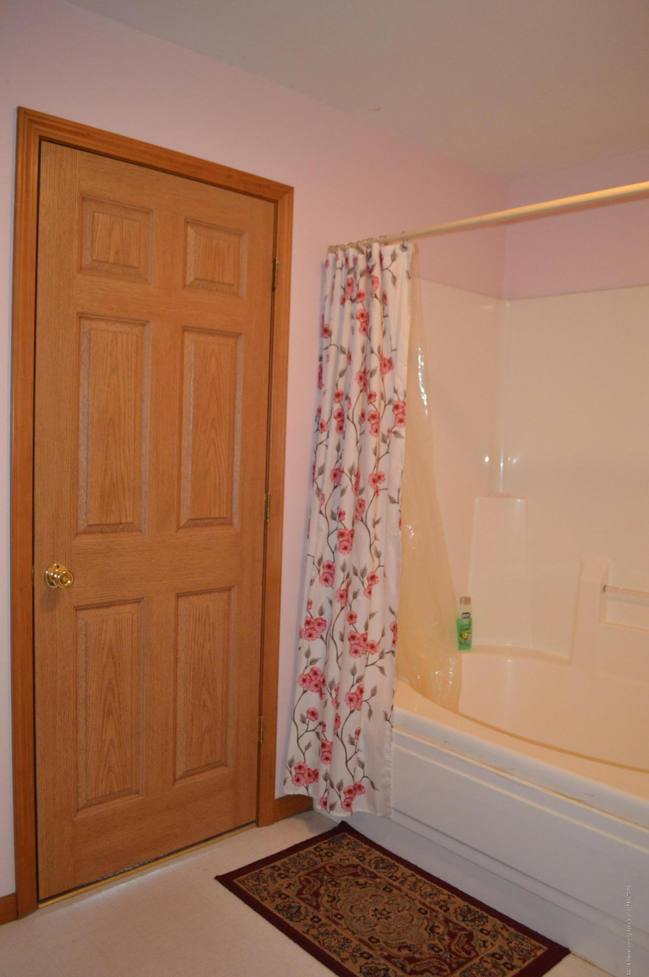11651 McCreery Rd - Master Bath - 23