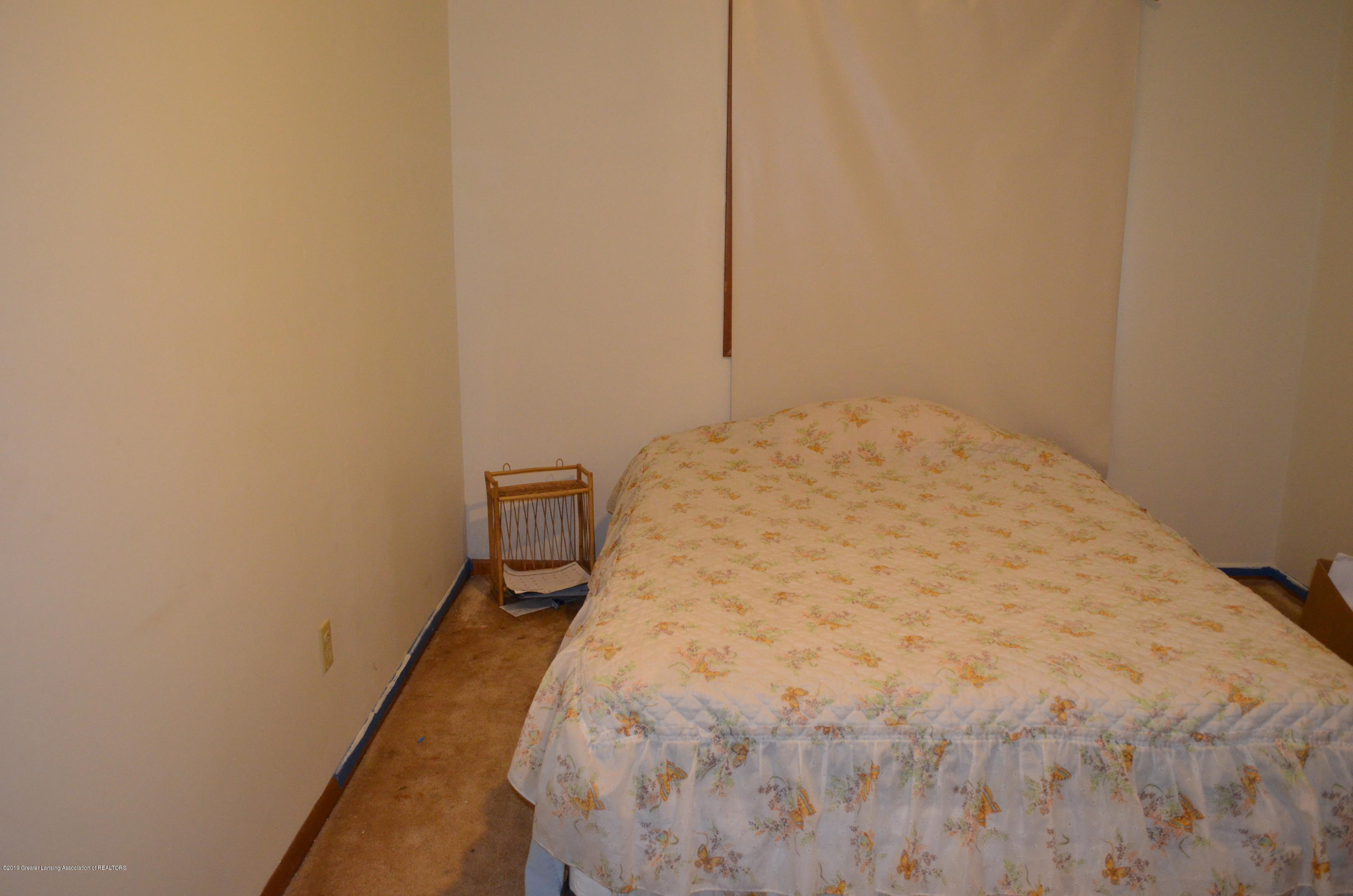 101 E Jolly Rd B8 - Master Bedroom - 18