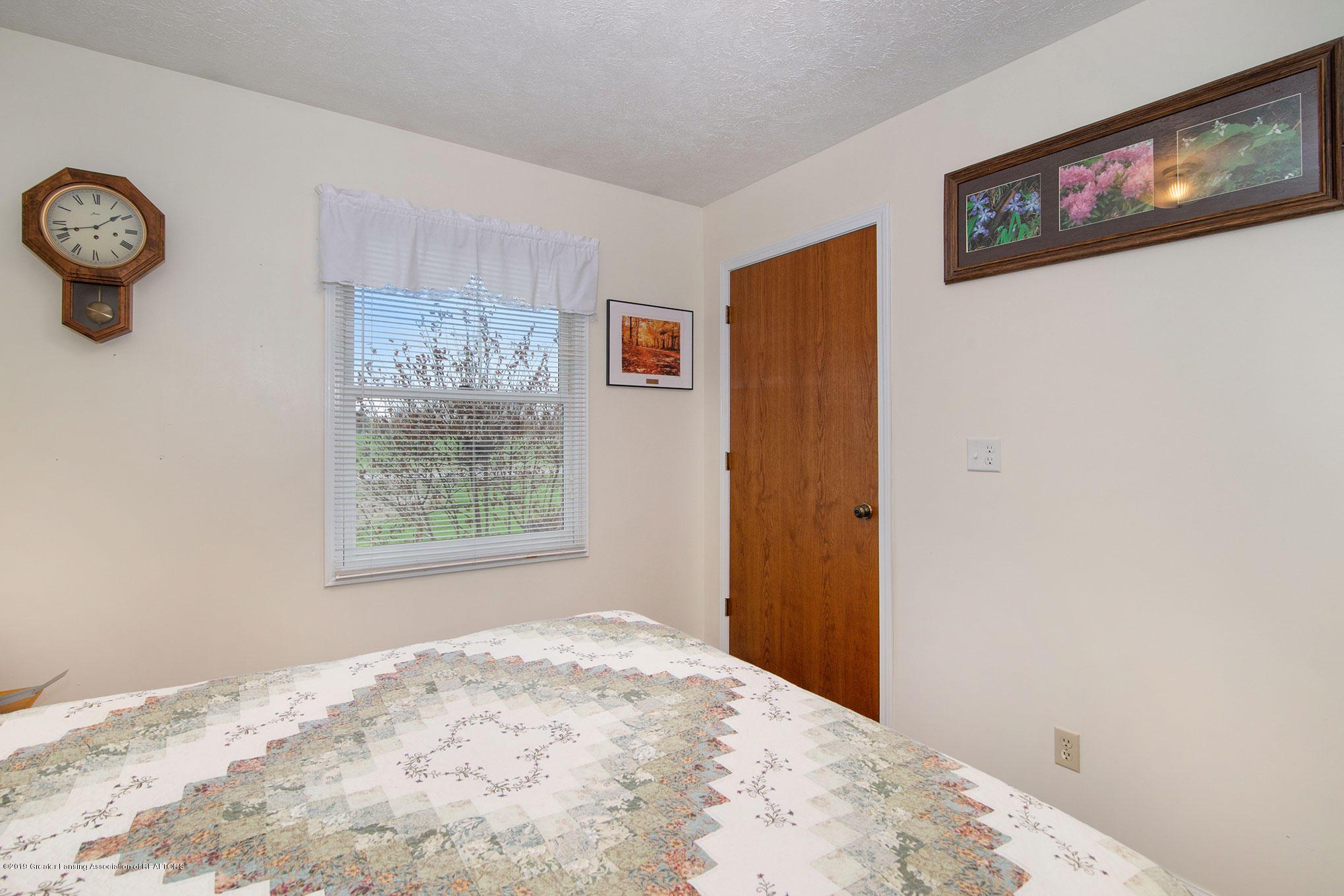 6043 N Watson Rd - Photo-Apr-29,-10-45-03-AM - 16
