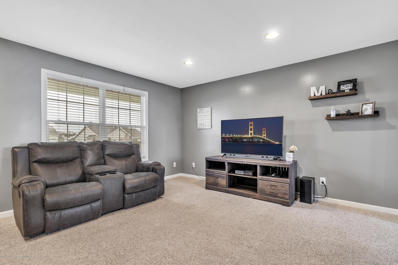 1328 Yarrow Dr - Living Room - 2