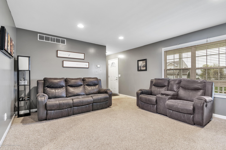 1328 Yarrow Dr - Living Room - 4