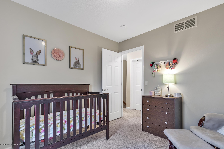 1328 Yarrow Dr - Bedroom 3 - 23