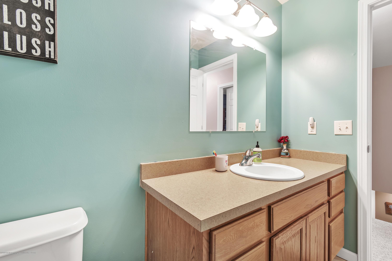 1328 Yarrow Dr - 2nd Floor Full Bathroom - 26