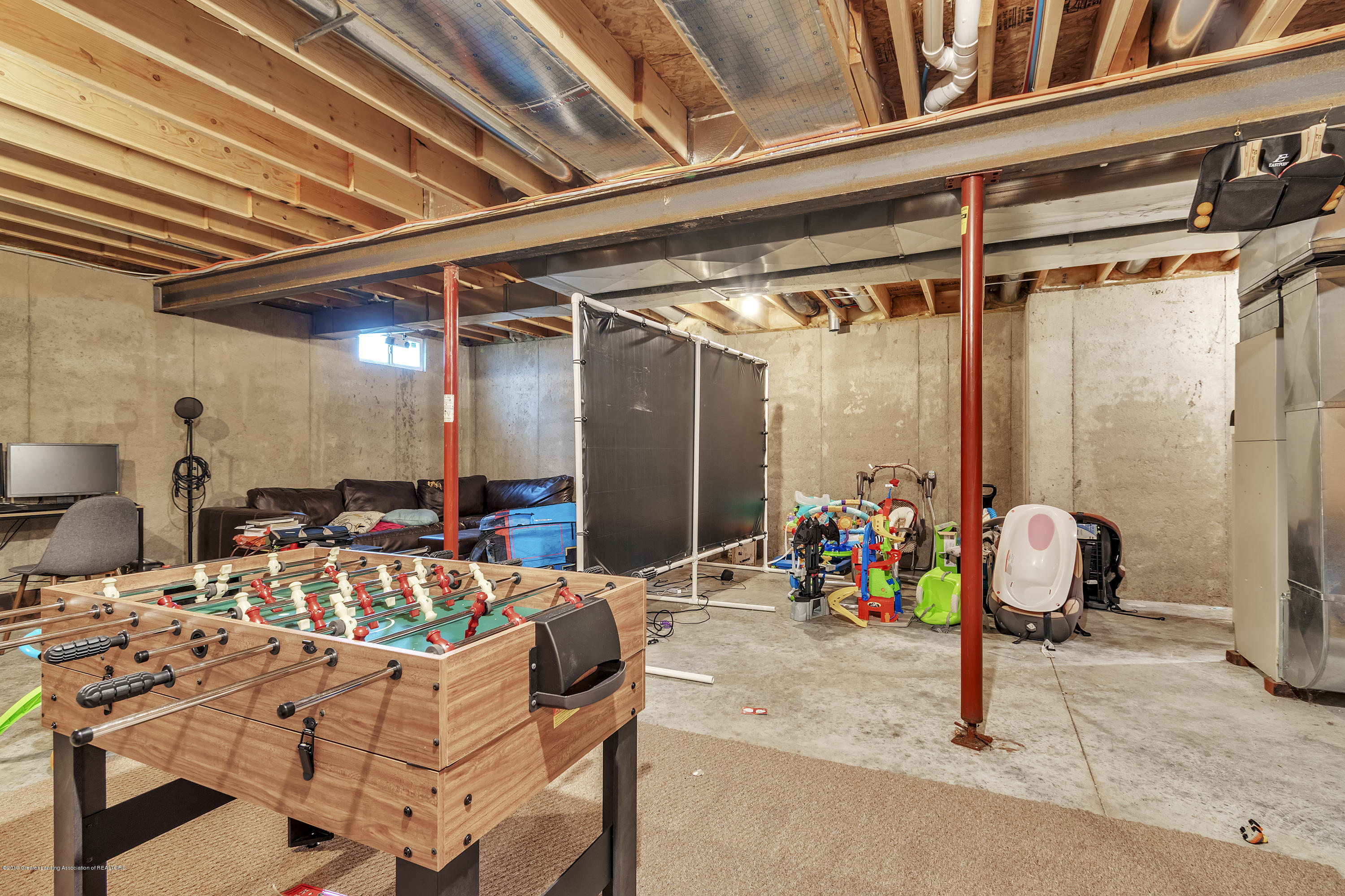 1328 Yarrow Dr - Unfinished Basement - 27
