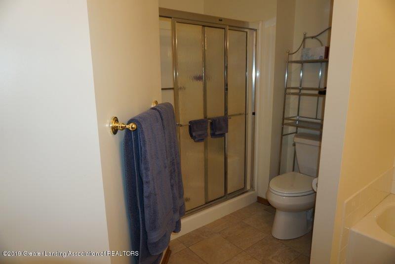 1238 Zimmer Pl 13 - DSC08624 - 16
