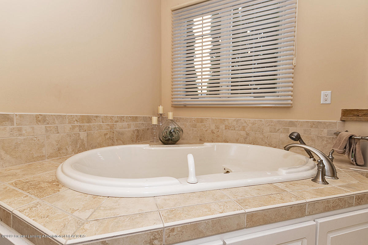 6149 Bridgewater Cir 49 - 6149 Bridgewater Tub - 23
