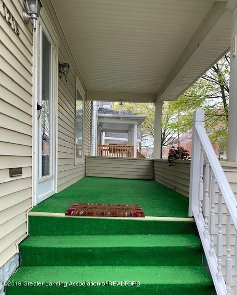 1218 Eureka St - Front Porch - 12