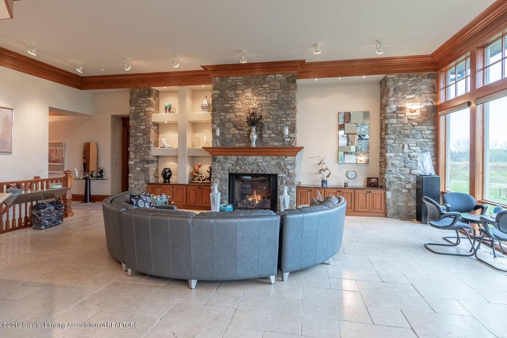 2824 Kittansett Dr - 1st Floor Living Room w/fireplace - 5