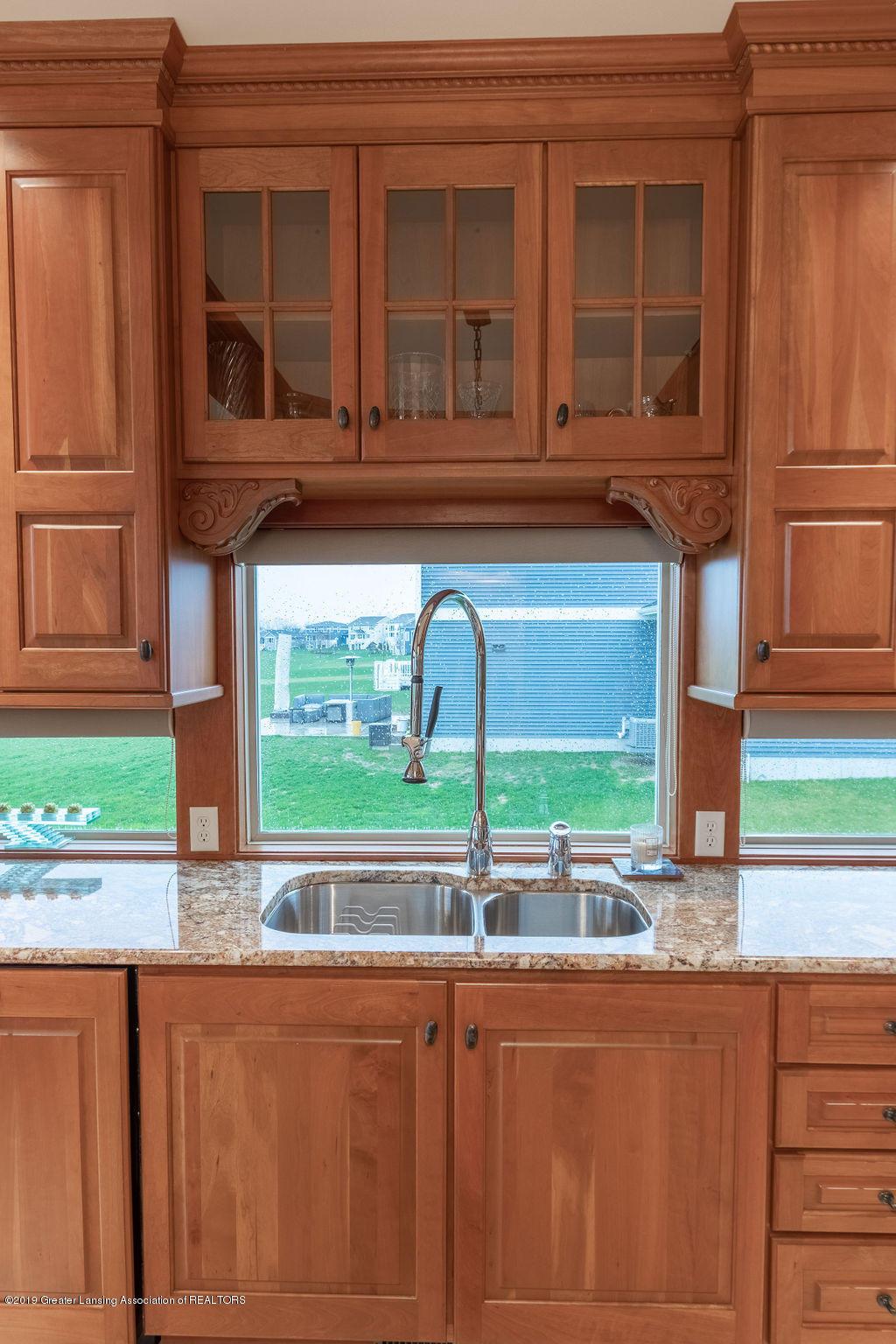 2824 Kittansett Dr - Window Sink - 11