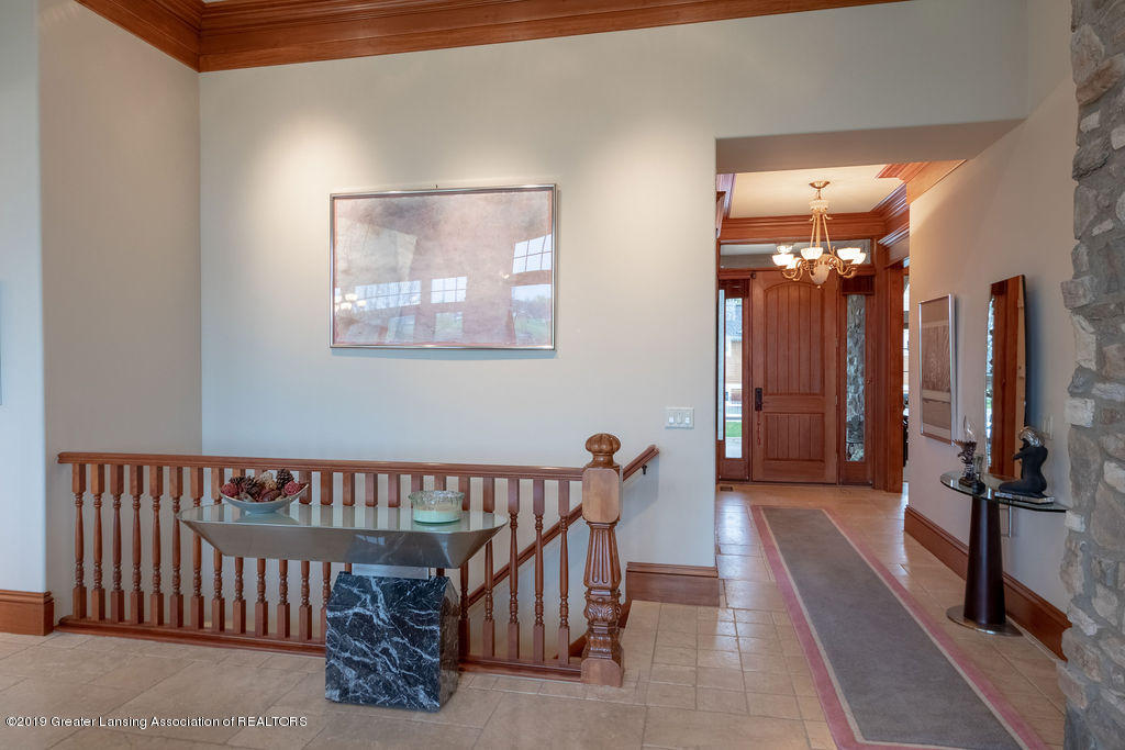 2824 Kittansett Dr - Stairway to lower level - 21