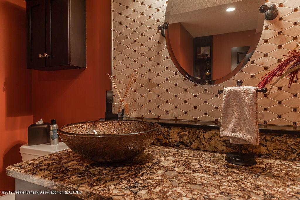 3150 Crofton Dr - Lower Level Full Bath - 61