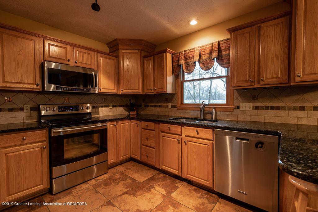 3150 Crofton Dr - Kitchen - 9