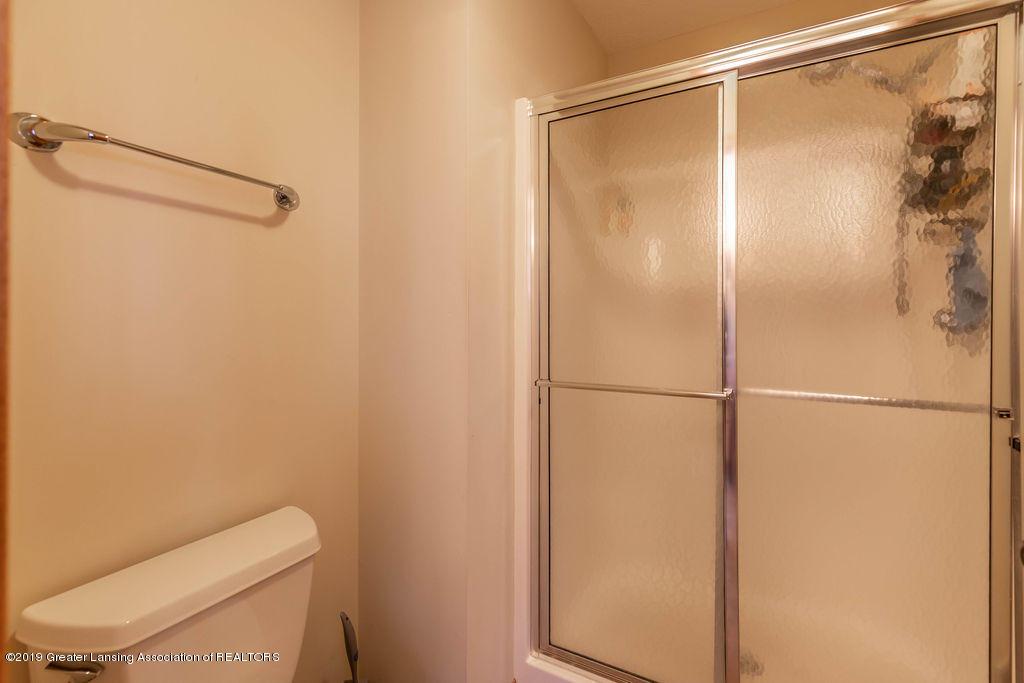3150 Crofton Dr - First Floor Master Bathroom - 28