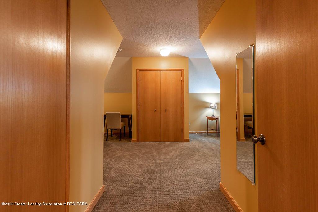 3150 Crofton Dr - 2nd Floor Bedroom Suite - 36