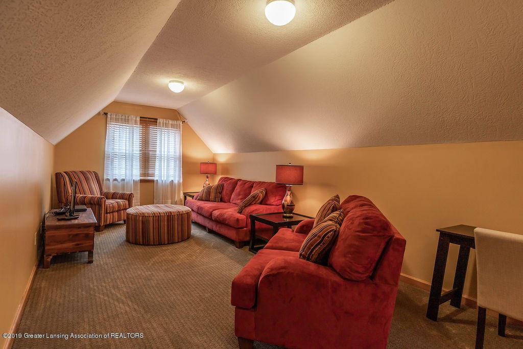 3150 Crofton Dr - 2nd Floor Bedroom Suite - 34