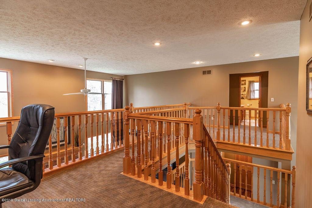 3150 Crofton Dr - Staircase - 29