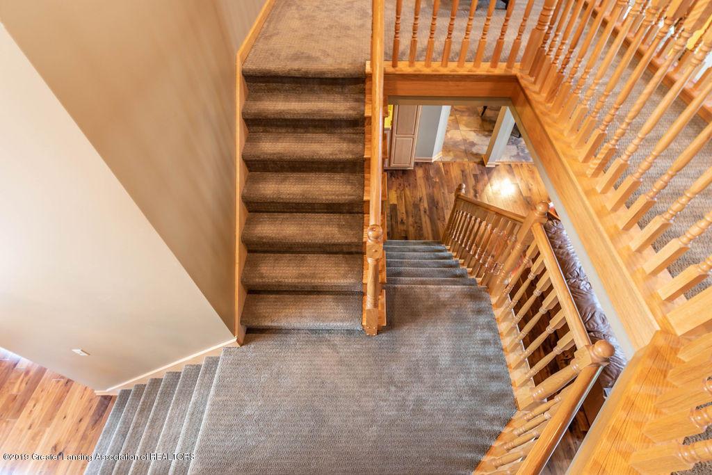 3150 Crofton Dr - Staircase - 31