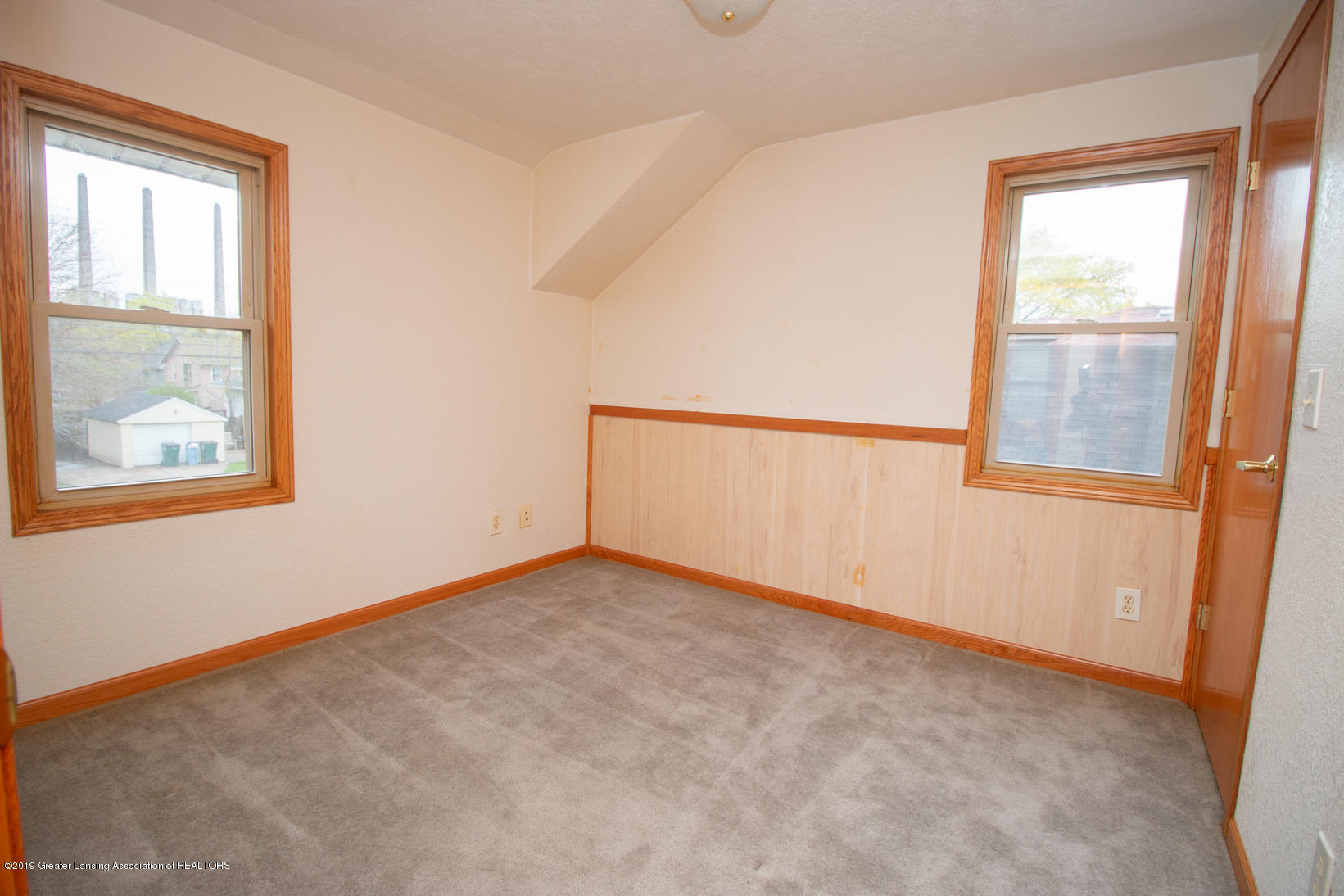 613 W Mt Hope Ave - Bedroom - 13