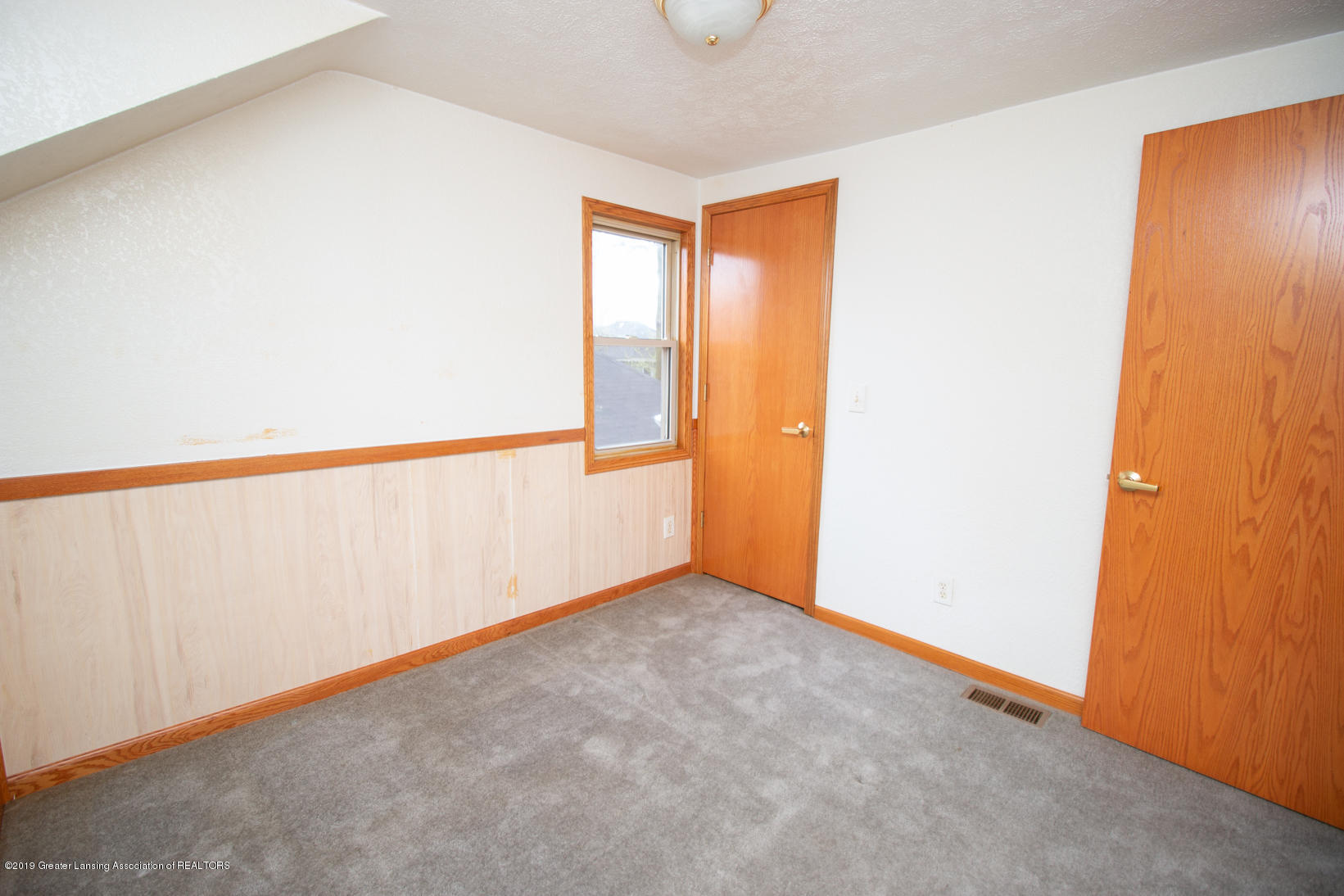 613 W Mt Hope Ave - Bedroom - 14