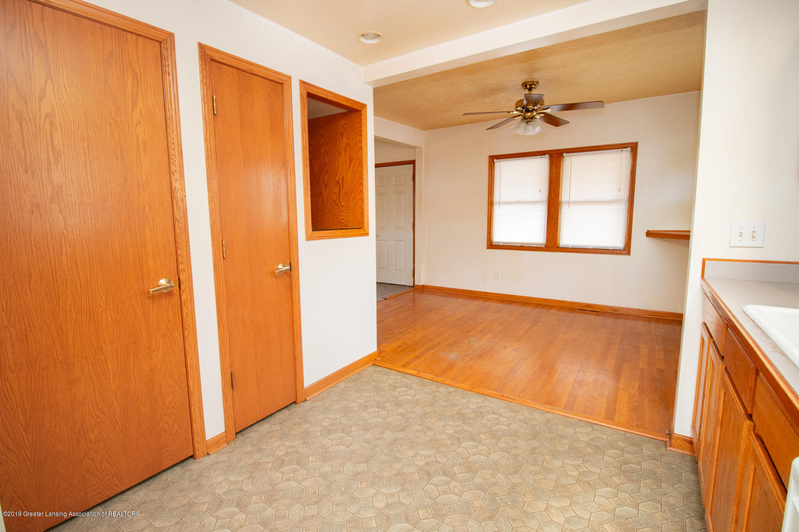 613 W Mt Hope Ave - Dining Area - 6
