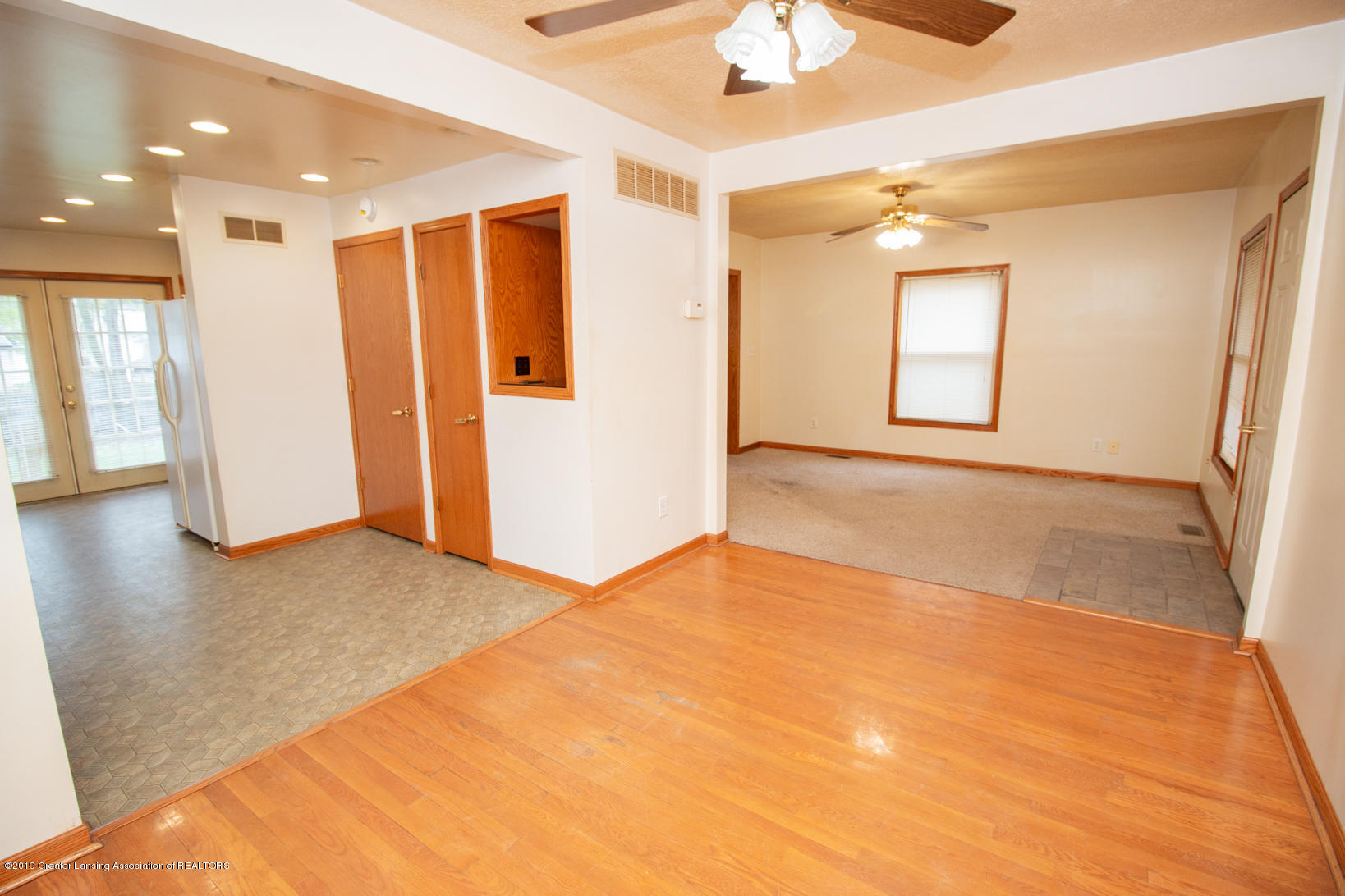613 W Mt Hope Ave - Dining Area - 10