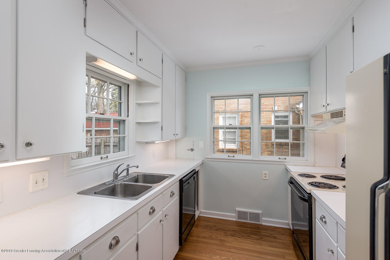 429 Bailey St - Kitchen - 5